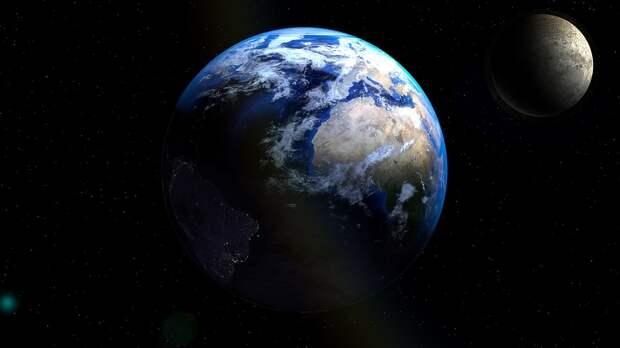 В НАСА сообщили, что Луна начала отдаляться от Земли
