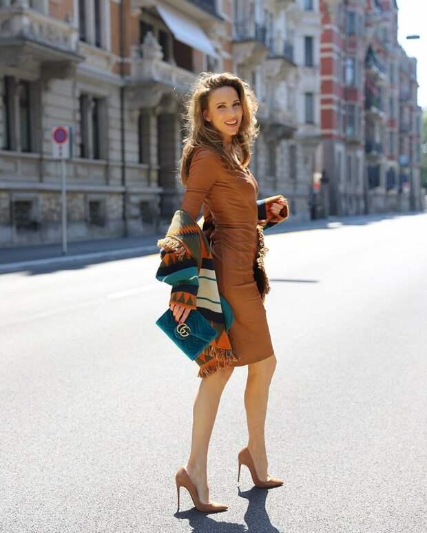Женственно и современно: бахрома как стильный тренд осеннего сезона