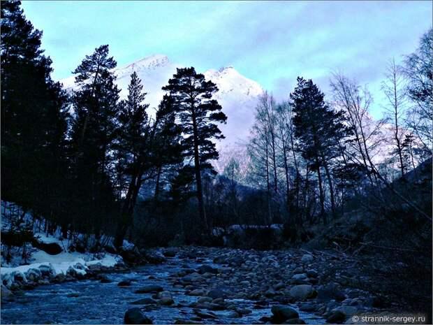 Баксанское ущелье горная река Баксан утро