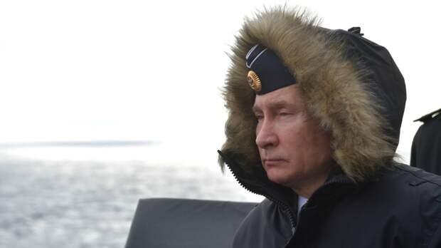Путин поблагодарил членов правительства за совместную работу