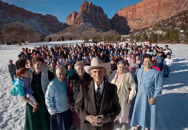Один из лидеров общины фундаменталистов-мормонов в Западном Техасе Джо Джессоп – у него 5 жён, 46 детей и 239 внуков