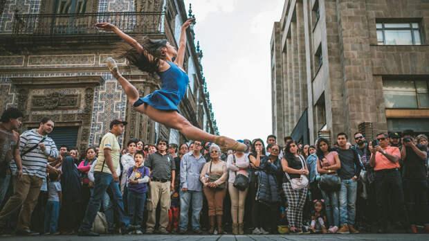 Омар З. Роблес фотографирует танец-15