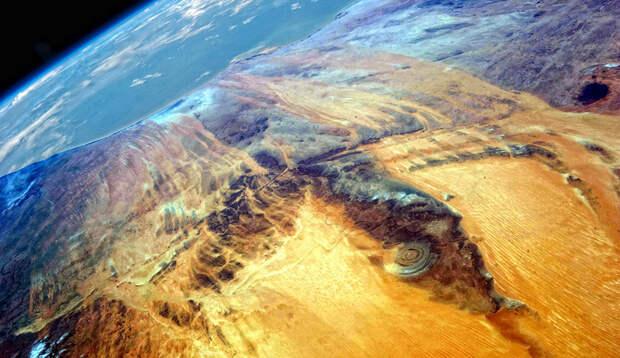 Глаз Сахары: геологическая аномалия, которую видно даже из Космоса