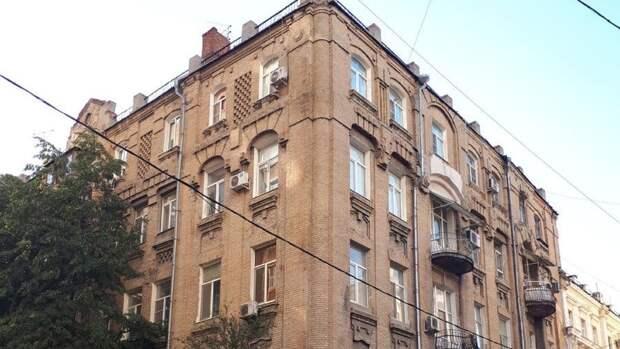 ВРостове могут неуспеть спасти 110-летний особняк купца Леванидова