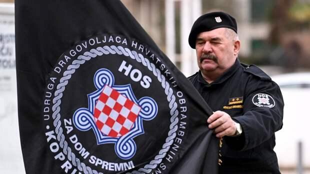Отставные боевики хорватских нацбатов требуют запрета красной звезды и люстраций