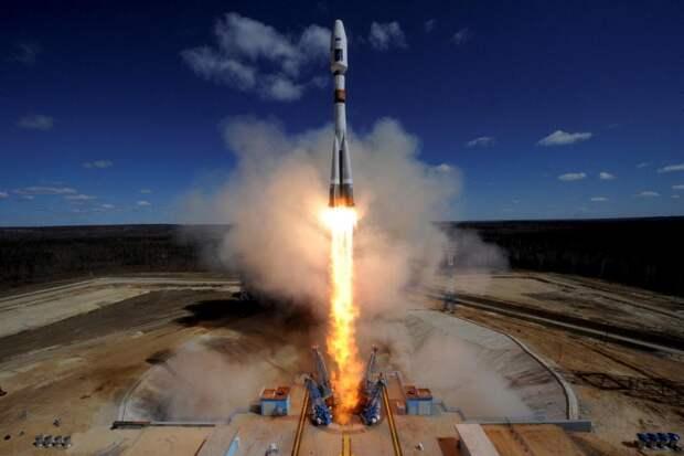 Ракета «Союз 2.1а» стартует с пусковой площадки космодрома «Восточный» в Амурской области, 28 апреля 2016 года.