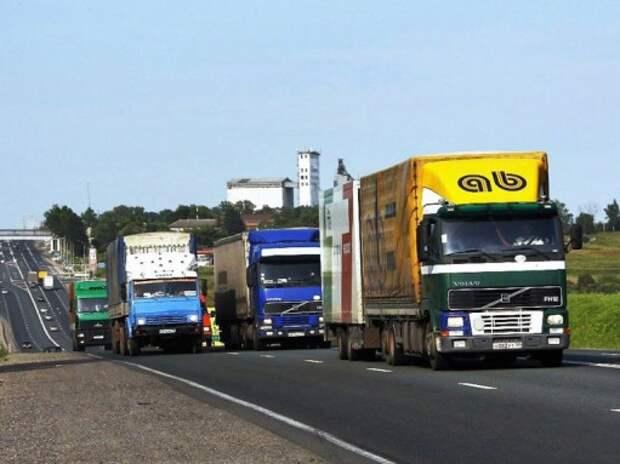 Продажи грузовиков в России упали на 16%