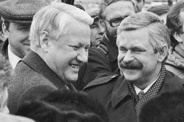 Ельцин принес огромное зло нашей стране – Руцкой