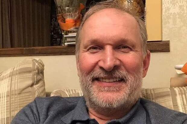 «Речи нет, руки нет»: Добронравов рассказал о жизни после инсульта