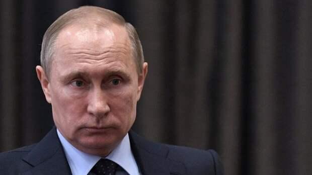 Путин поручил правительству предоставить малообеспеченным семьям жилье