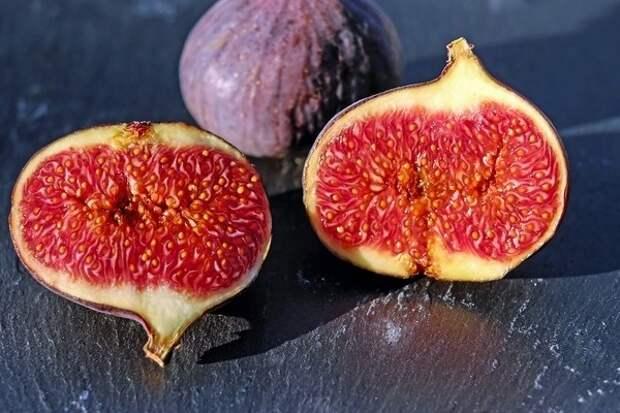 Десерт для сладкоежек — три рецепта выпечки с инжиром