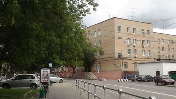 СИЗО «Матросская тишина» находится на одноименной улице в районе Сокольники, но прохожим его не видно. wikimedia