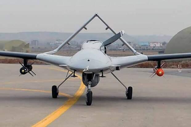 США прекратили поставки оборудования в Турцию для ударных дронов «Байрактар»