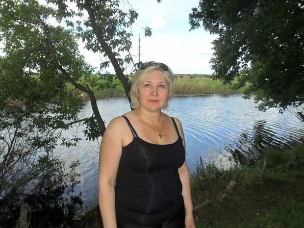 Россиянка в обтягивающей майке. /Фото: i05.fotocdn.net