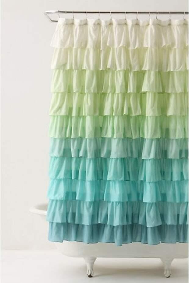 Такую штору для душа точно не купишь в магазине. Поразите своих гостей необычным декором ванной