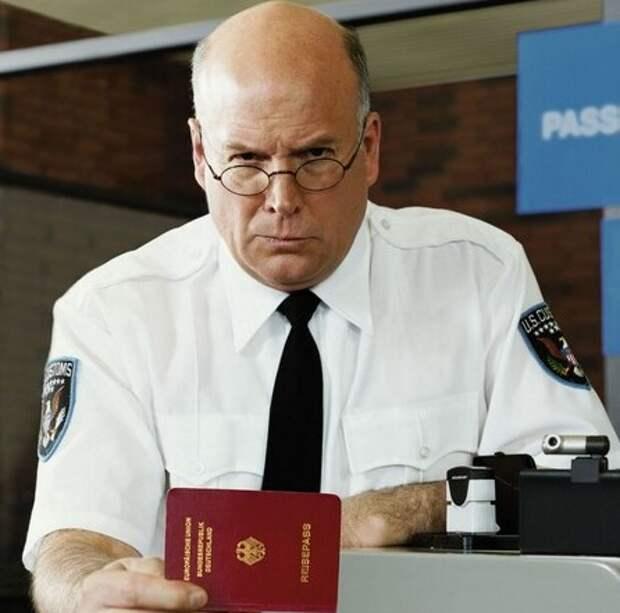 Паспортный контроль против пластики
