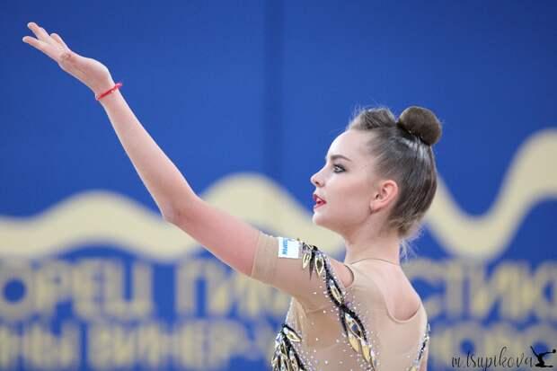 Нижегородка Дина Аверина стала лучшей в международном оnline-турнире по художественной гимнастике