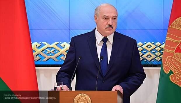 Лукашенко: В плен никого не берем. Кто прикоснулся к военному – должен уходить без рук