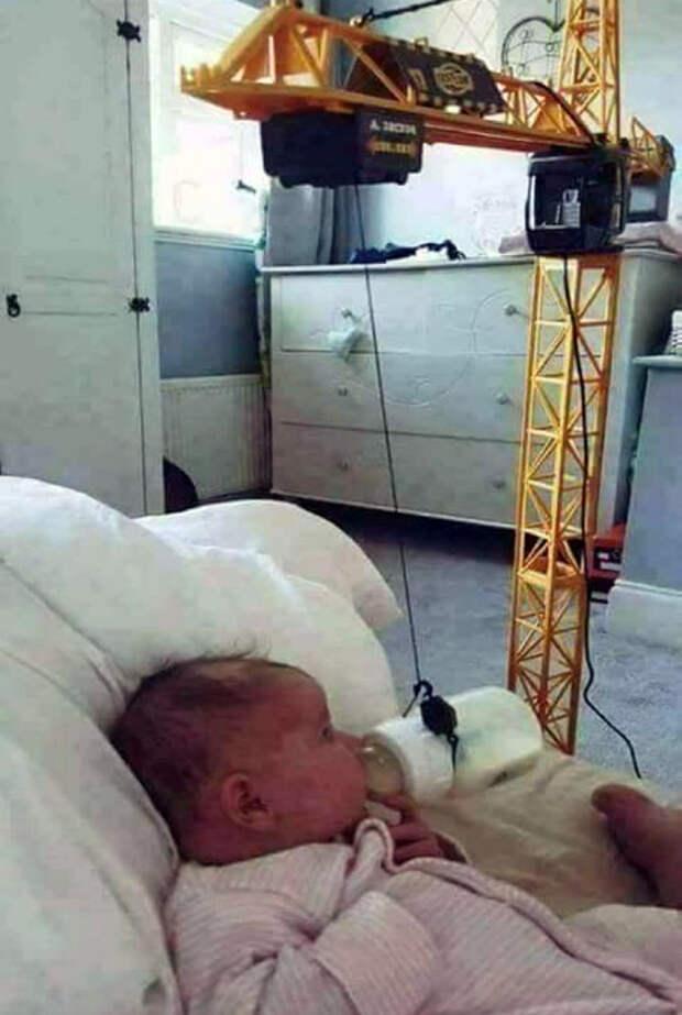 Изобретательность отцов не знает границ! | Фото: Picsoc.