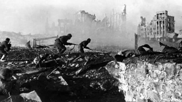 Нарышкин рассказал, за сколько дней до начала войны Сталина предупредили о планах Гитлера