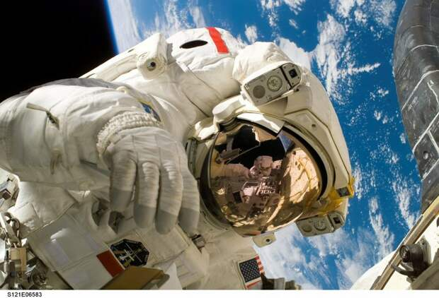 Ученики инженерно-технической школы встретятся с российским космонавтом