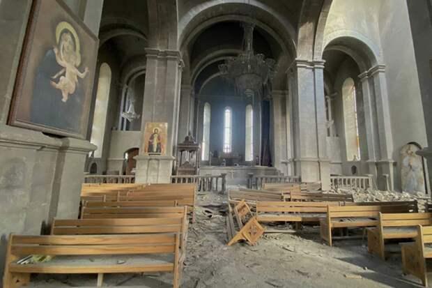 Кто обстрелял собор?