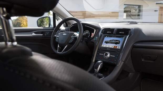 Ford готовит Mondeo Evos: новое изображение купеобразного кроссовера