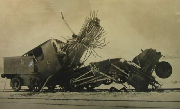 Пугающая красота взрывов паровозов: исторические фото