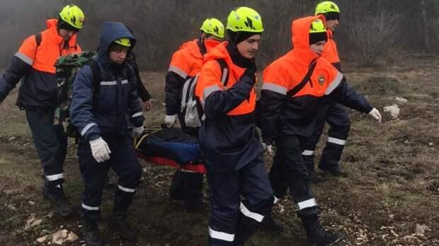 Будущие спасатели Ленинского аварийно-спасательного отряда ГКУ РК «КРЫМ-СПАС» продолжают обучение в рамках первоначальной подготовки спасателей