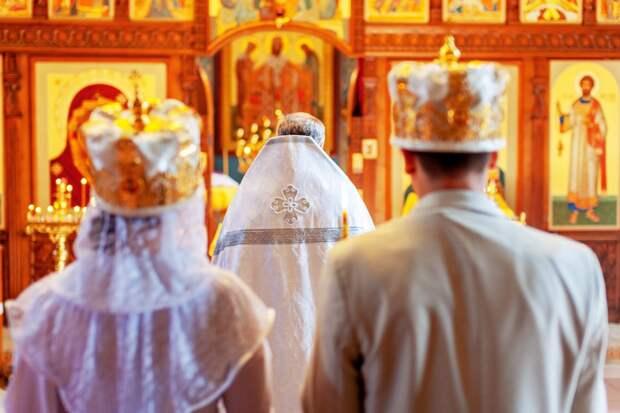 """""""Заигрывание с ваххабитами"""": Заставят ли российских мусульман разводиться с женами-христианками"""