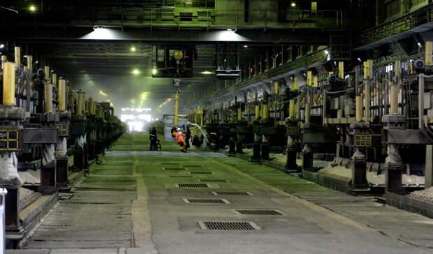 На УВЗ прокомментировали обрушение трубы вентиляции литейного цеха в Нижнем Тагиле
