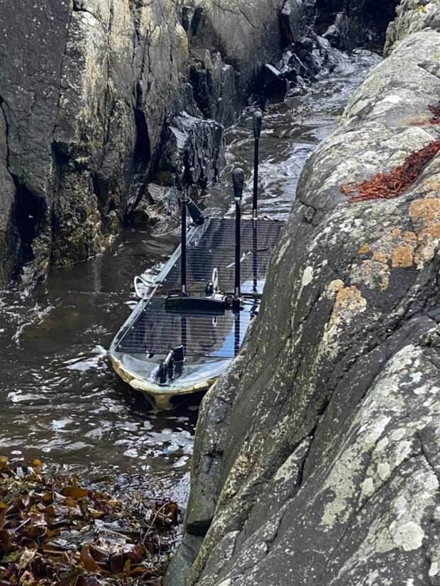 На берег Шотландии вынесло таинственный беспилотный объект