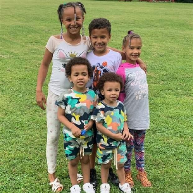 29-летний мужчина усыновил пятерых братьев и сестер, потому что не мог позволить, чтобы их разлучили (фото)