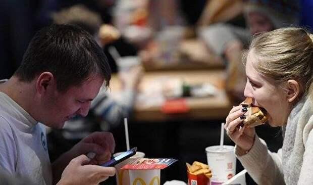 """Потребление россиян постепенно возвращается к """"доковидной"""" норме"""