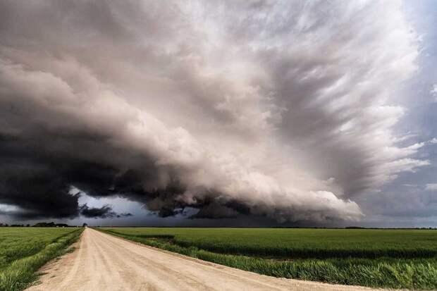Потрясающие кадры гроз и облаков