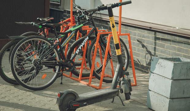 Самокаты опаснее велосипедов считают жители Свердловской области