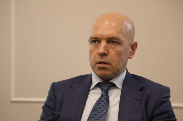 Серов выделил 300 тысяч на поздравление жителей Фрунзенского района, вот только вряд ли оно им понравится