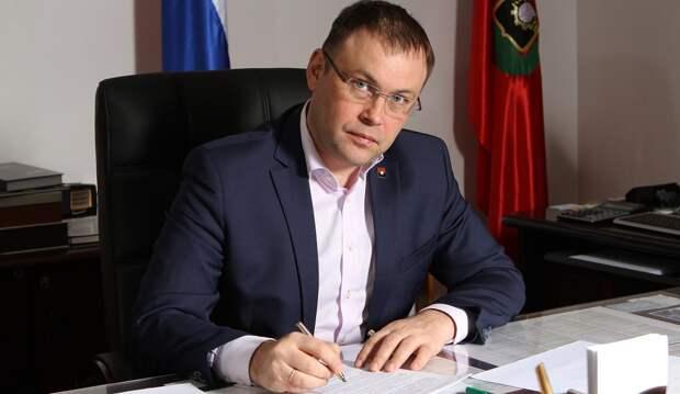 Кемеровский градоначальник сломал несколько ребер и попал в больницу
