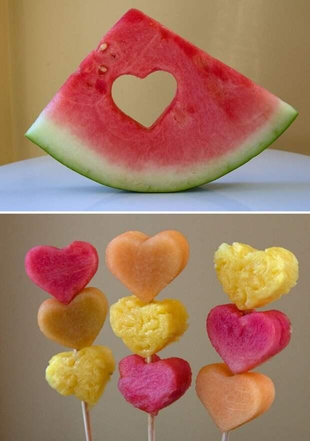 фрукты в форме сердец