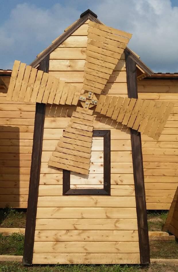 Большая постройка может служить местом для хранения инвентаря