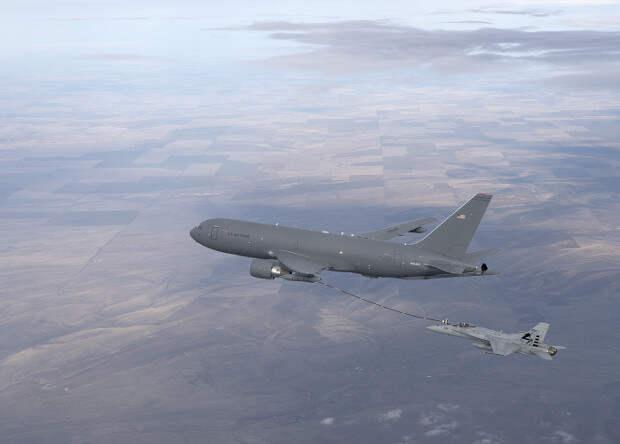 Американцы разработают беспилотный «летающий танкер»