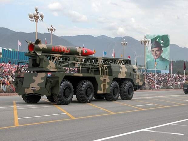Пакистан категорически отказался предоставлять свои военные базы ЦРУ США