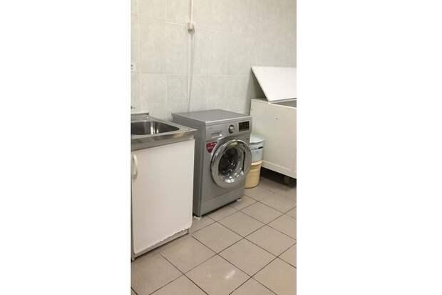 По словам собеседника газеты, им повезло - в отделении есть собственная стиральная машина. Фото: предоставлено героем публикации