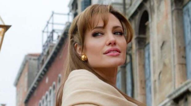 Появился трейлер нового фильма с Анджелиной Джоли «Те, кто желает мне смерти»