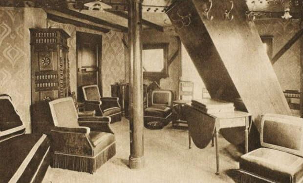 Тайная квартира внутри Эйфелевой башни