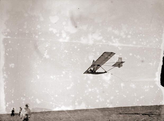 1930s Glider in Flight, Kirigamine Japan