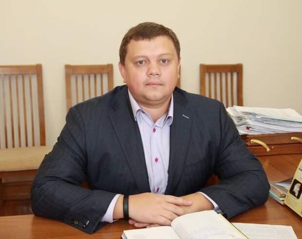 В Крыму разгорелись споры о вине арестованного экс-вице-премьера Кабанова