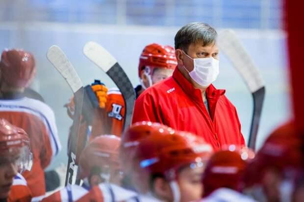 Главный тренер «Ижстали» Константин Полозов возвращается к работе после болезни