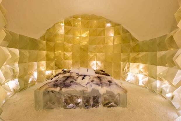 Как выглядит шведский снежный отель с каруселью, театром и баром изо льда