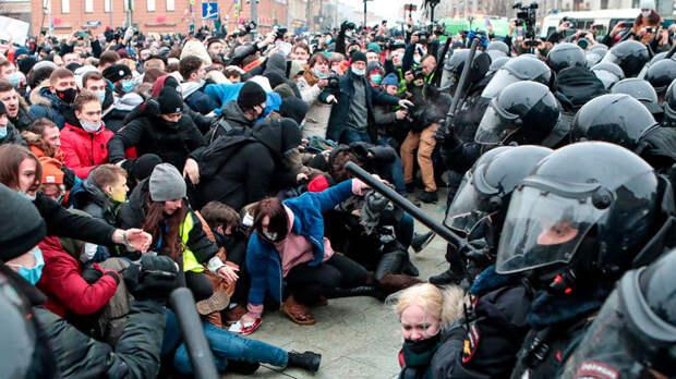 Холостых залпов не давать, патронов не жалеть: Рецепт спасения России